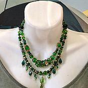 Шикарное колье Изумрудный флирт, элегантное зеленое украшение