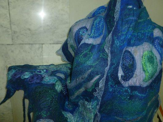 Шали, палантины ручной работы. Ярмарка Мастеров - ручная работа. Купить шарф валяный  Тайна сине-зелёного. Handmade. Синий