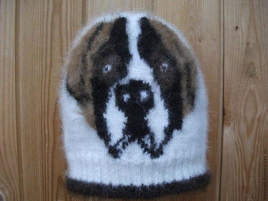 """Шапка из собачьей шерсти ручного прядения с рисунком """"сенбернар"""", двойная, двусторонняя, второй слой выполнен из фабричной шерсти, теплая,мягкая, пушистая. Собачья шерсть натурального окраса"""