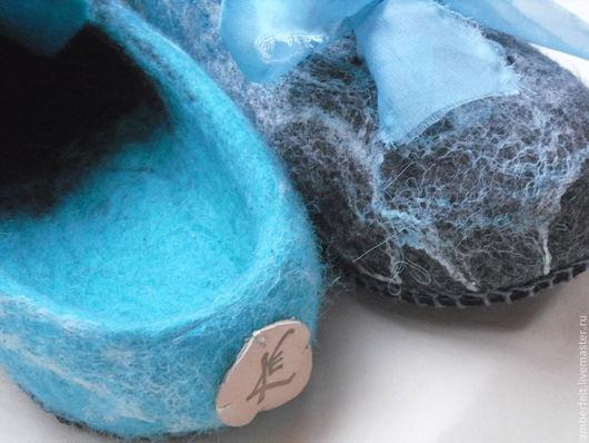 """Обувь ручной работы. Ярмарка Мастеров - ручная работа. Купить Тапочки-кеды """"Рожденные из пены"""". Handmade. Бирюзовый, войлочные тапочки"""