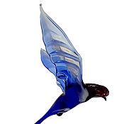 Для дома и интерьера ручной работы. Ярмарка Мастеров - ручная работа Интерьерное подвесное украшение из цветного стекла птица Ласточка Vor. Handmade.