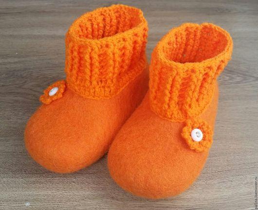 """Обувь ручной работы. Ярмарка Мастеров - ручная работа. Купить Детские тапочки """"Оранжевое небо"""". Handmade. Оранжевый, подарок для девочки"""