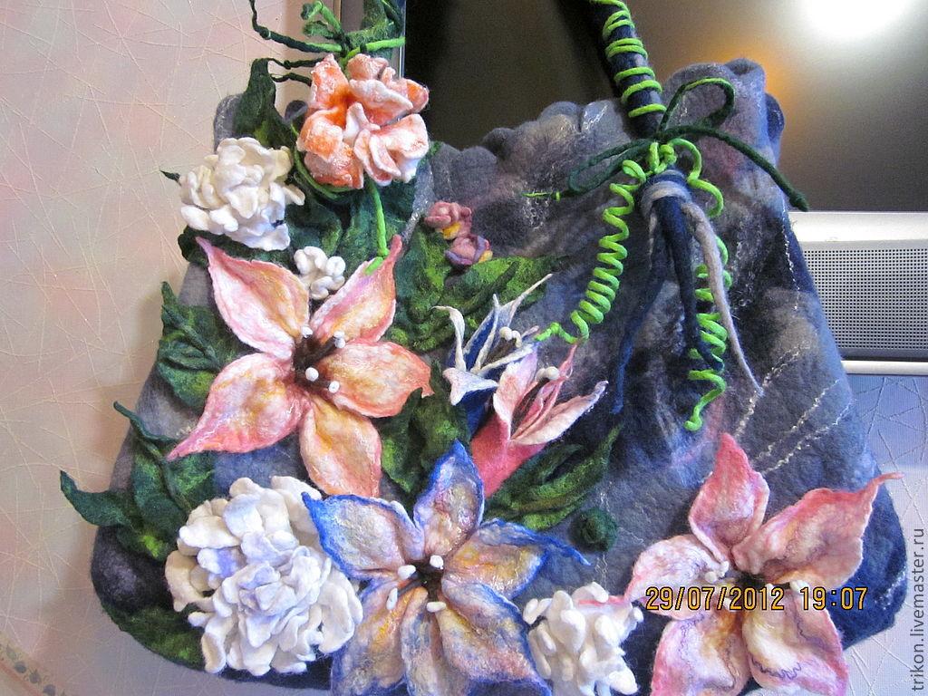 Handbags handmade. Livemaster - handmade. Buy Bag 'Summer bouquet'.Felted bag, silk