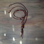 Подвеска ручной работы. Ярмарка Мастеров - ручная работа Подвеска с кокосовой скорлупой, винтажными бусинами, янтарём и кожей. Handmade.
