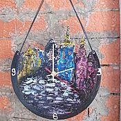 """Для дома и интерьера ручной работы. Ярмарка Мастеров - ручная работа настенные часы двухсторонние """"Очарованье Старого города"""". Handmade."""
