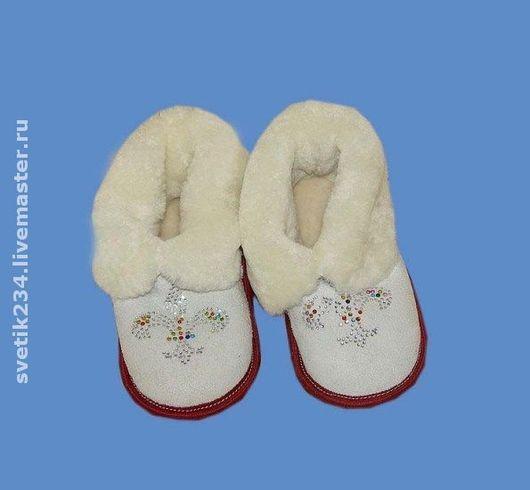 Обувь ручной работы. Ярмарка Мастеров - ручная работа. Купить Тапочки детские из овчины. Handmade. Домашние тапочки, тапочки детские