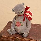 Куклы и игрушки ручной работы. Ярмарка Мастеров - ручная работа Авторский мишка с вышивкой. Handmade.