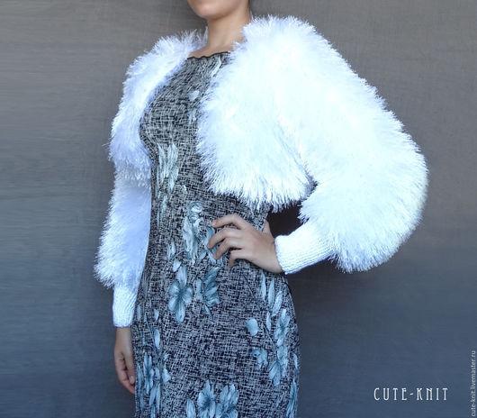 Чтобы лучше рассмотреть модель, нажмите на фото CUTE-KNIT Ната Онипченко Ярмарка Мастеров Купить белое вязаное болеро свадебное