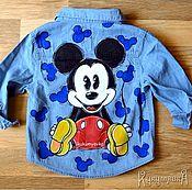 """Одежда ручной работы. Ярмарка Мастеров - ручная работа Джинсовая куртка с ручной росписью """"Микки Маус""""(джинсовка). Handmade."""