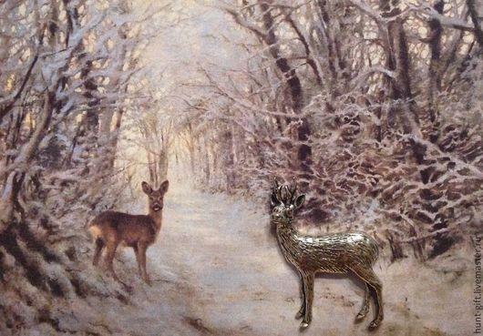 Косули в зимнем лесу