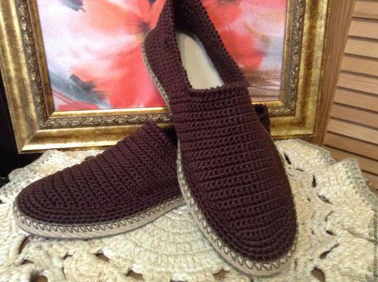 Цвет обуви вы можете выбрать по желанию.