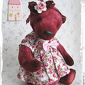Куклы и игрушки ручной работы. Ярмарка Мастеров - ручная работа Рози из Лавандового королевства - коллекционный плюшевый мишка. Handmade.