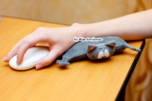 Компьютерные ручной работы. Ярмарка Мастеров - ручная работа. Купить Кот-подушка под запястье. Handmade. Кот, 14 февраля