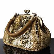 Сумки и аксессуары handmade. Livemaster - original item Felted handbag, velvet bag, vintage style, light green. Handmade.