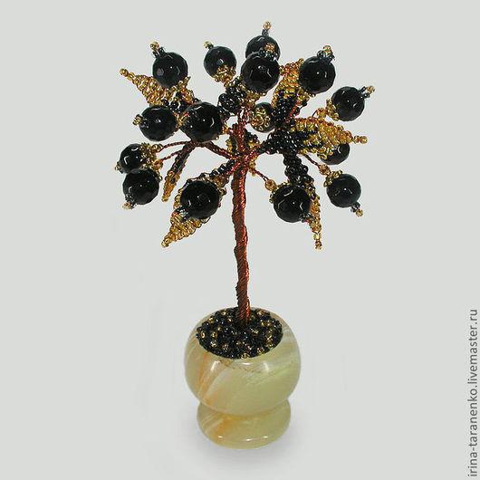 Миниатюрное дерево счастья из шпинеля в вазочке из оникса