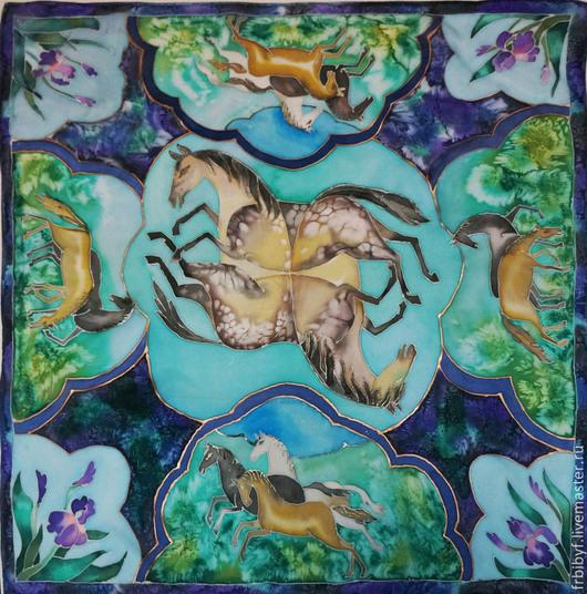 Шелковый платок `Персидские сказки` из авторской коллекции платков `Сказки` . Авторская роспись. Края подшиты в ручную.  90х90 см.