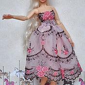 Куклы и игрушки ручной работы. Ярмарка Мастеров - ручная работа Кружевное платье и туфельки для куклы. Handmade.