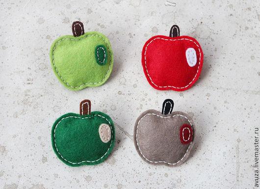 """Броши ручной работы. Ярмарка Мастеров - ручная работа. Купить Фетровая брошь """"Яблочко"""". Handmade. Фетровая брошь, яблоня, красный"""