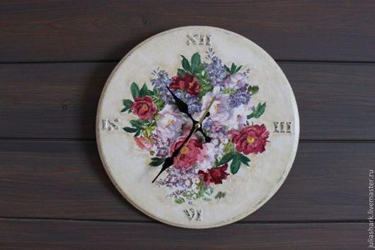 """Часы для дома ручной работы. Ярмарка Мастеров - ручная работа. Купить Часы """"Букет цветов"""". Handmade. Романтика, часы декупаж"""