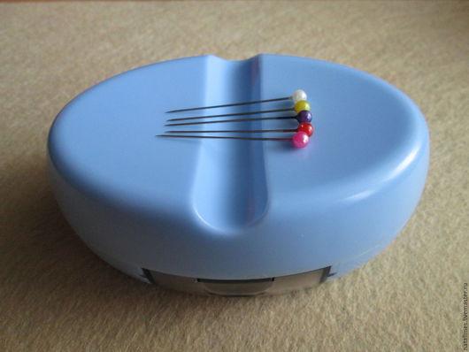 Шитье ручной работы. Ярмарка Мастеров - ручная работа. Купить Магнитная игольница с булавками в комплекте. Handmade. Игольница, магнит, магнит