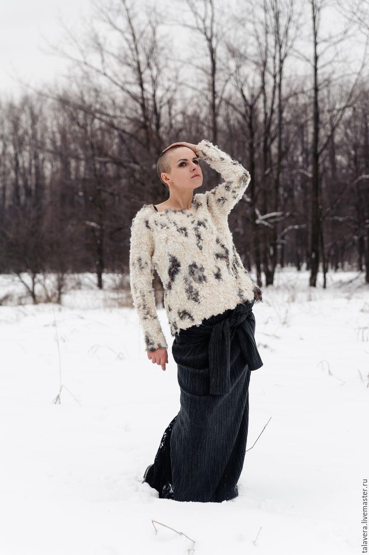 """Кофты и свитера ручной работы. Ярмарка Мастеров - ручная работа. Купить Свитшот валяный , каракулевый """"Фриг"""". Handmade. Белый"""