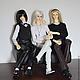 На фотографии представлены для примера куклы 70, 70 и 75 см.