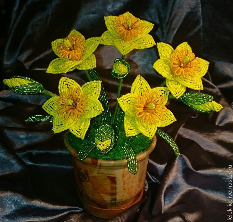 Новый год 2019 ручной работы. Ярмарка Мастеров - ручная работа. Купить Нарциссы из бисера. Handmade. Цветы, нарцисс, проволока