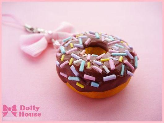 """Брелоки ручной работы. Ярмарка Мастеров - ручная работа. Купить Брелок """"Chocolate Donut"""". Handmade. Dolly house, оригинальный подарок"""
