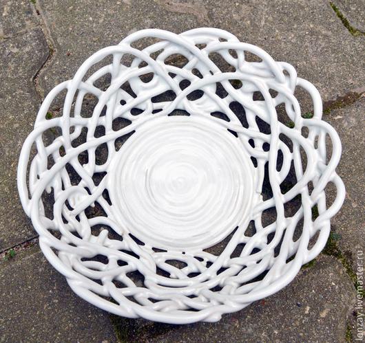 Фруктовница `Белый ажур`. Плетеная керамика Елены Зайченко