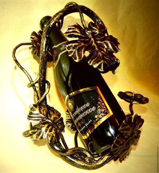 Подсвечники ручной работы. Ярмарка Мастеров - ручная работа. Купить кованая подставка под бутылку с подсвечником. Handmade. Комбинированный, листья