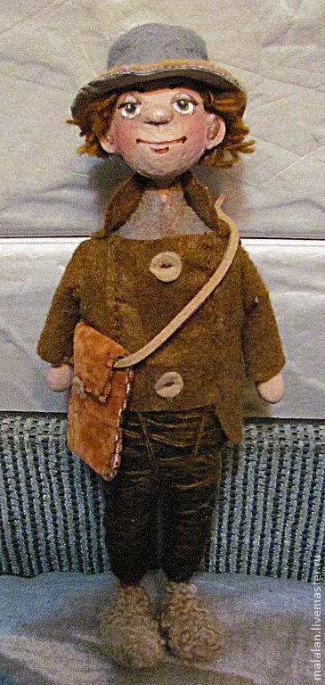 """Человечки ручной работы. Ярмарка Мастеров - ручная работа. Купить Сувенирная куколка""""Гек Финн"""". Handmade. Коричневый, куколка, человечек"""