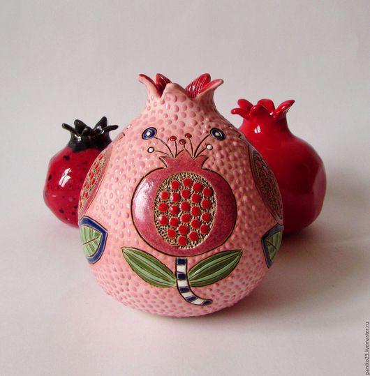 """Вазы ручной работы. Ярмарка Мастеров - ручная работа. Купить Ваза """"Гранат"""". Handmade. Розовый, Керамика, керамика"""