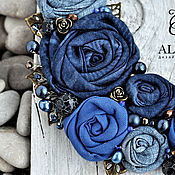 """Украшения ручной работы. Ярмарка Мастеров - ручная работа Колье """"Dark blue roses"""". Handmade."""