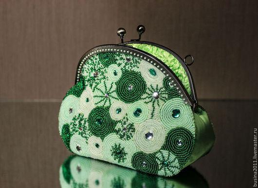 """Женские сумки ручной работы. Ярмарка Мастеров - ручная работа. Купить Сумочка """"Зеленый шум"""". Handmade. Ярко-зелёный, атлас"""