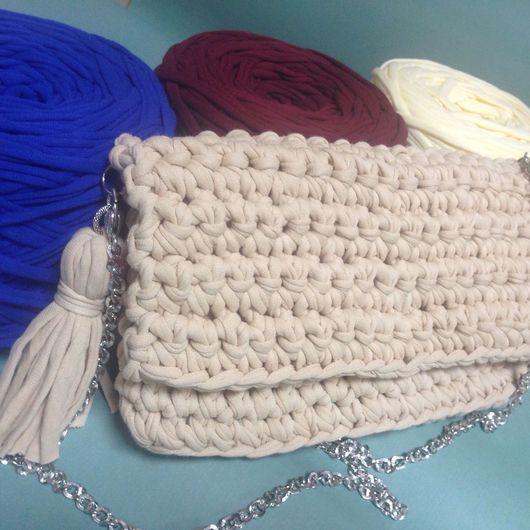 Женские сумки ручной работы. Ярмарка Мастеров - ручная работа. Купить Сумка вязанная из трикотажной пряжи. Handmade. Вязанные сумочки