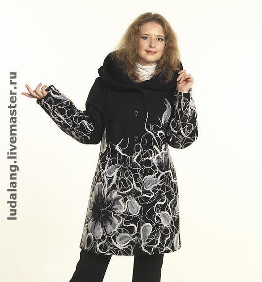 """Верхняя одежда ручной работы. Ярмарка Мастеров - ручная работа. Купить Полупальто """"Серебристые фиалки"""". Handmade. Нарядное пальто, фелтинг"""