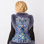 Одежда ручной работы. Ярмарка Мастеров - ручная работа Меховая жилетка из павлопосадского платка. Handmade.