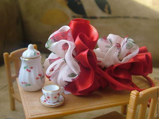 Бантики для волос из атласных лент `Подарок на именины`