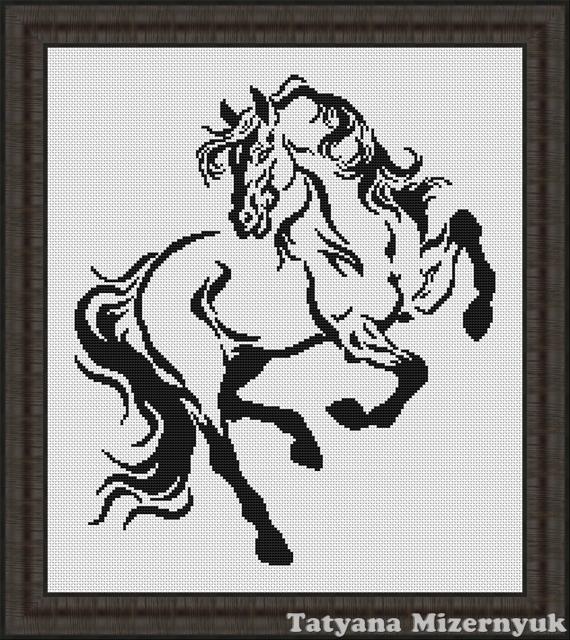Черно белая вышивка крестом лошадь