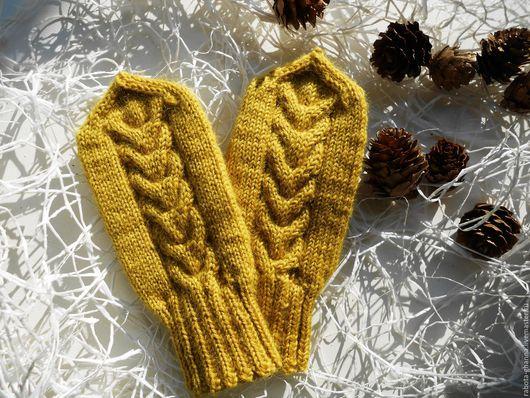 Варежки, митенки, перчатки ручной работы. Ярмарка Мастеров - ручная работа. Купить Вязаные шерстяные варежки - Для Женечки. Handmade.