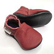 Одежда детская handmade. Livemaster - original item Maroon Baby shoes, Leather baby shoes, Baby Moccasins, Crib Baby Shoes. Handmade.