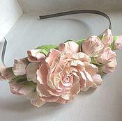 Украшения ручной работы. Ярмарка Мастеров - ручная работа Ободок с цветами из полимерной глины нежно-розовый. Handmade.