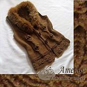 Одежда ручной работы. Ярмарка Мастеров - ручная работа Жилет с меховым воротником. Handmade.