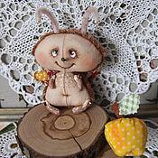 Куклы и игрушки ручной работы. Ярмарка Мастеров - ручная работа Мотылёк Виталя и райское яблочко.. Handmade.