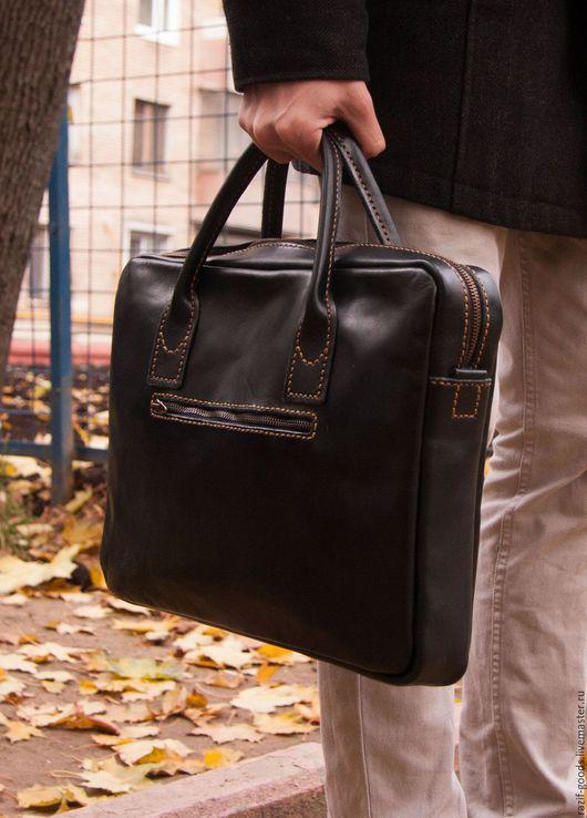 Мужские сумки ручной работы. Ярмарка Мастеров - ручная работа. Купить Мужская сумка из натуральной итальянской кожи. Handmade.