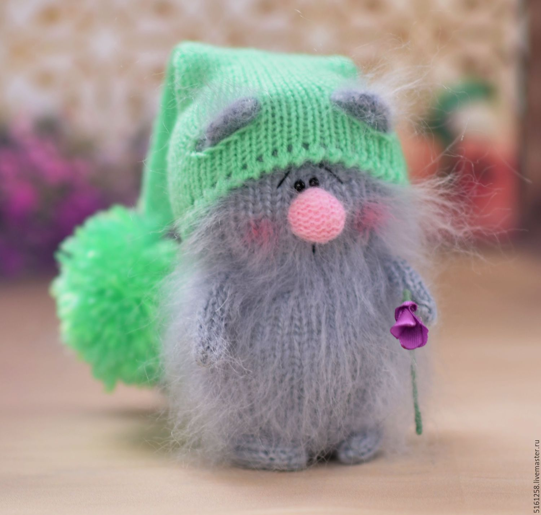 Игрушка кот вязаний