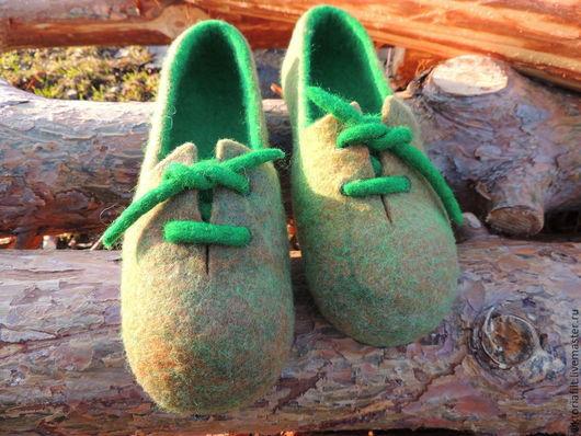 """Обувь ручной работы. Ярмарка Мастеров - ручная работа. Купить Валяные тапочки """"Кедики"""". Handmade. Ярко-зелёный"""