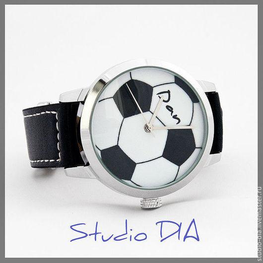 Часы. Наручные Часы. Часы Под Заказ. Оригинальный Дизайнерские Часы Под Заказ - Футбольный Мяч. Студия Дизайнерских Часов DIA.