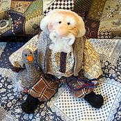 Куклы и игрушки ручной работы. Ярмарка Мастеров - ручная работа Дедуля с гусёнком (народная кукла). Handmade.