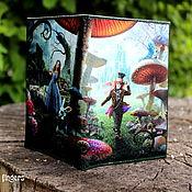 """Канцелярские товары handmade. Livemaster - original item Кожаная обложка на паспорт """"Алиса в Стране Чудес"""" Alice in Wonderland. Handmade."""